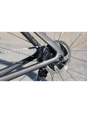 The bike comes with the flush-mount 6mm thru-axles, but you can add on axles with an external lever if you prefer