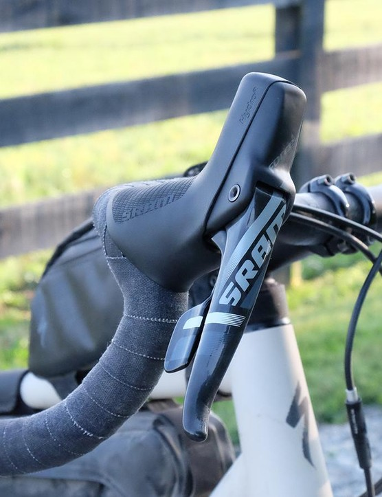 The Sequoia Expert gets SRAM's Force 1 brake/shift levers
