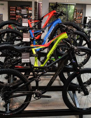 The bright and beautiful 2017 Stumpjumper range