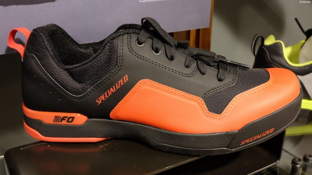specialized_2fo_lace_clipless_mtbshoe-1468946464573-10gsg13fyowkh-1000-90-c00bca4