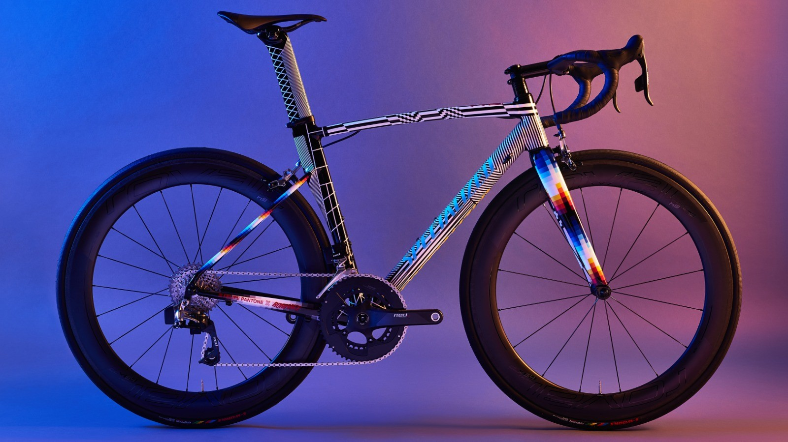 You can now bid on this custom Pantone x Romance Specialized Allez Sprint