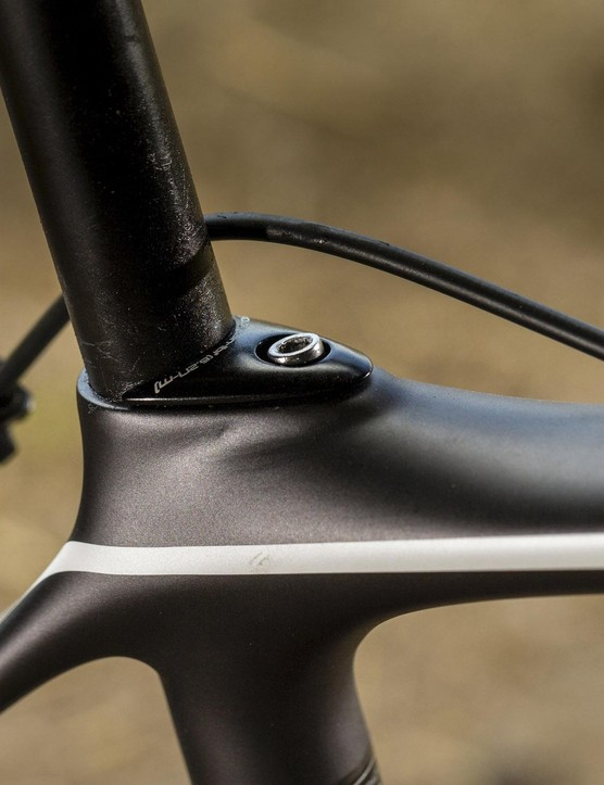 The sleek lines of the bike are unsullied by external cable routing; it all sits smoothly inside the frame