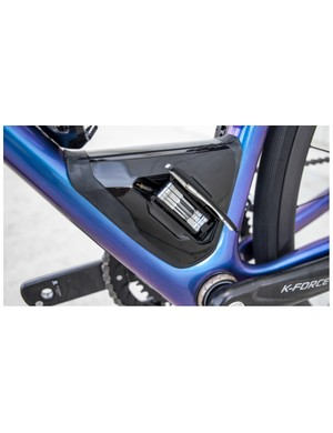 The SWAT system allows you to carry a multi-tool, inner tube, tyre levers and CO2 canister on the frame, rather than using your pockets or a saddle bag