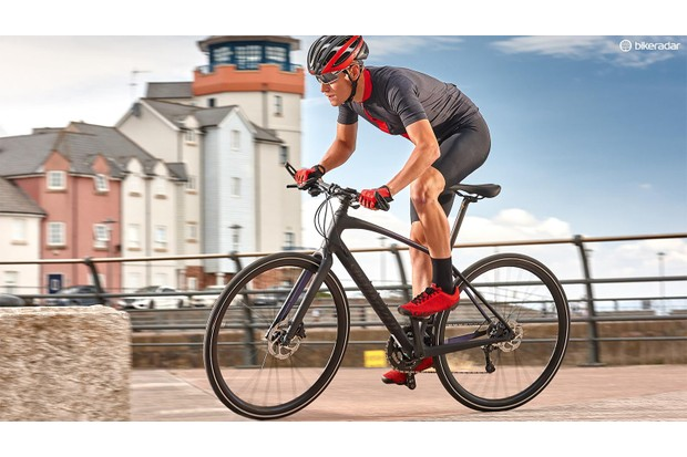 The Specialized Sirrus Expert is a high-end build with a carbon frame