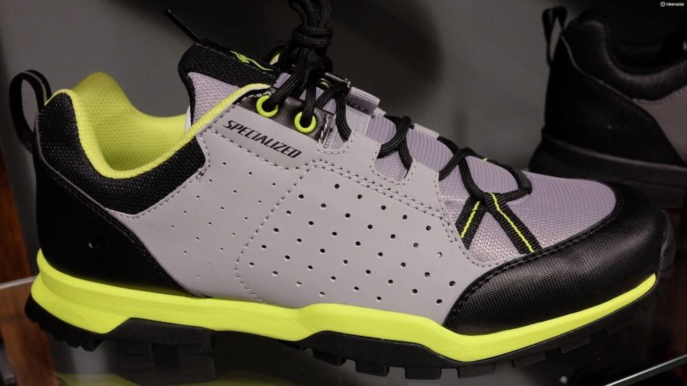 specialized_tahoe_shoe-1468946464605-y9qs4ft6v2du-1000-90-0d37a99
