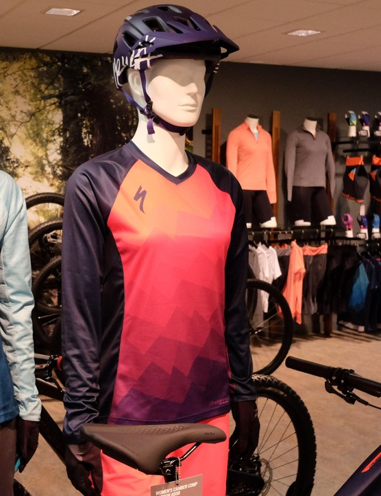 The women's Andorra Comp jersey comes in two colour and pattern variations