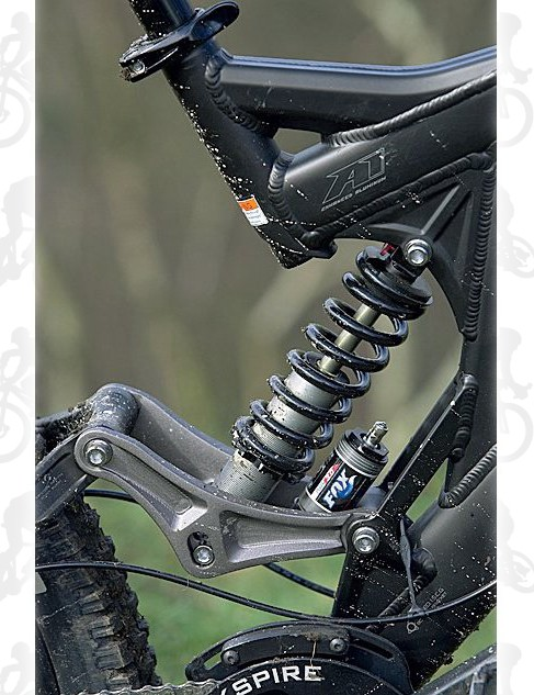 You still get 8in (208mm) of travel from the Fox DHX 3.0 shock