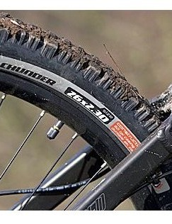 There's plenty of mud clearance, even with the supplied 3in tyres.