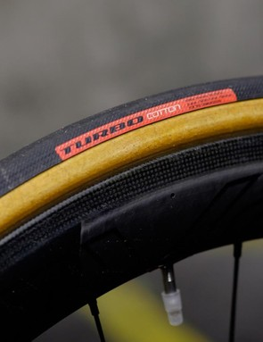 I like the tan sidewalls on the Turbo Cotton tyres