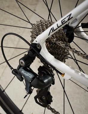 Shimano Tiagra takes care of the allez for the Allez