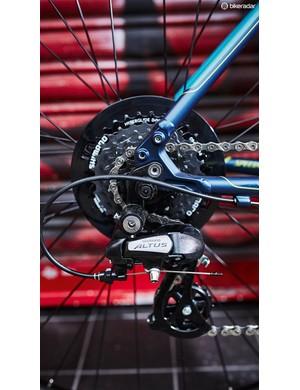 Shimano Altus 8-speed on the rear
