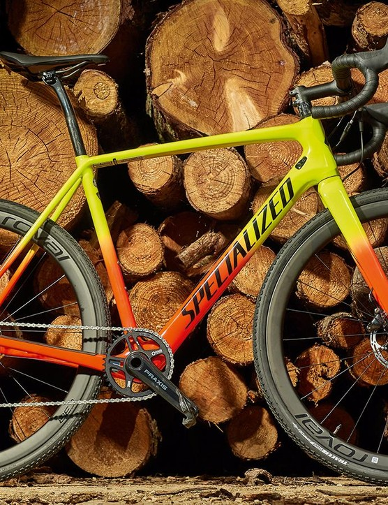 Specialized's CruX Expert sits second in line within the four-bike 2019 CruX hierarchy