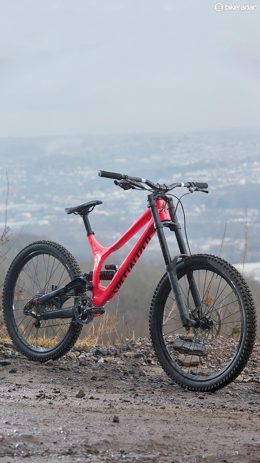 48b62049631 The Demo has a low BB which makes it predictable and engaging to ride, but