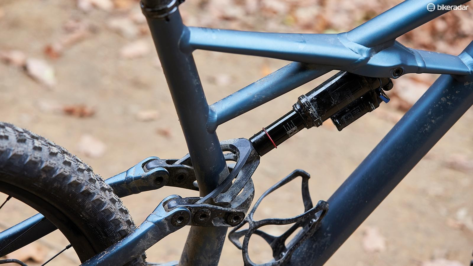 Frame geometry stays the same as on the 2018 Enduro, with 170mm of travel