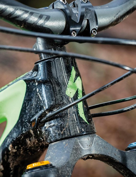 A stumpy head tube stops the 29in wheels and long-travel fork pushing the bar height too high