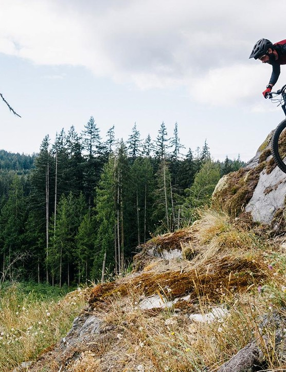 Rob Weaver getting to know the new Specialized S-Works Enduro 29 on the trails of the Sunshine Coast, British Columbia