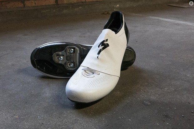 With their aero covers in place, Specialized's S-Works Sub6 shoes are claimed to save 35 seconds in 40km at race pace compared with the previous S-Works 6 shoe