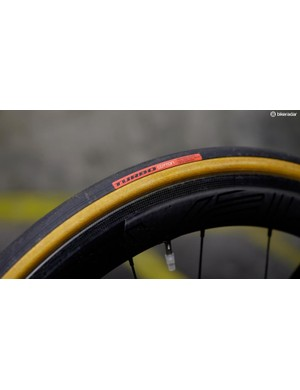 Tan sidewalls look good, but these Turbo Cotton tyres also perform well