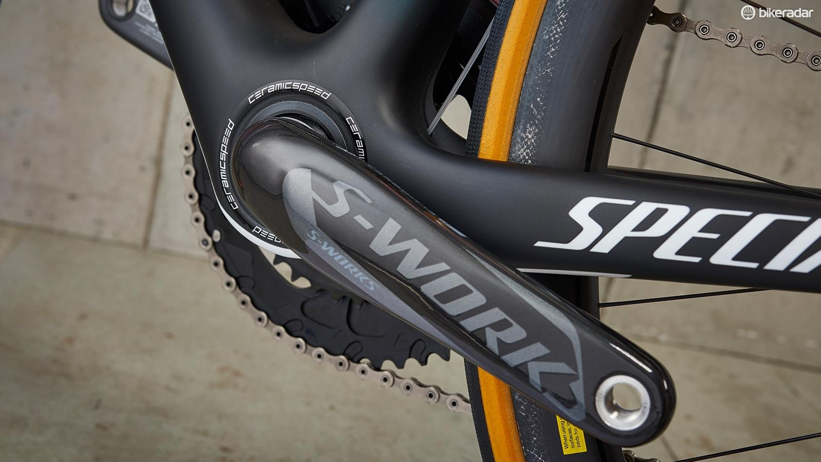 Meanwhile the Specialized S-Works crankset adds a certain carbon swoopiness