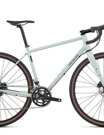 The Specialized Sequoia Elite is a modern gravel bike that can do nearly anything
