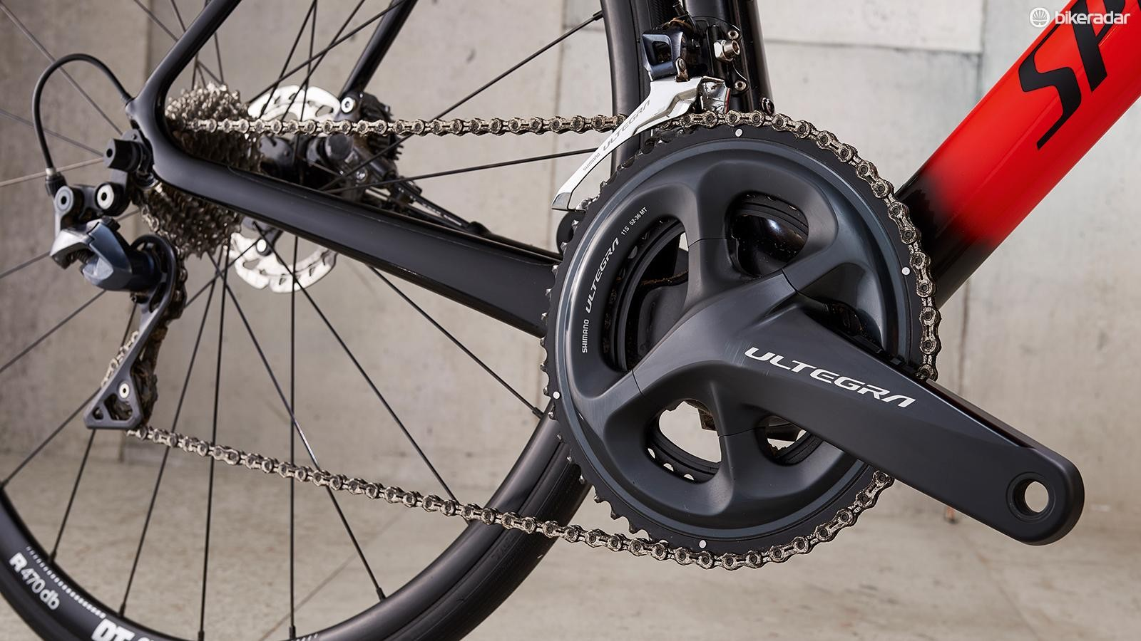 Shimano Ultegra has proven to be flawless, here coupled with a KMC chain