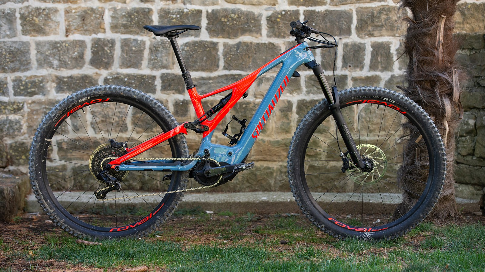 Specialized has completely overhauled the Turbo Levo range for 2019