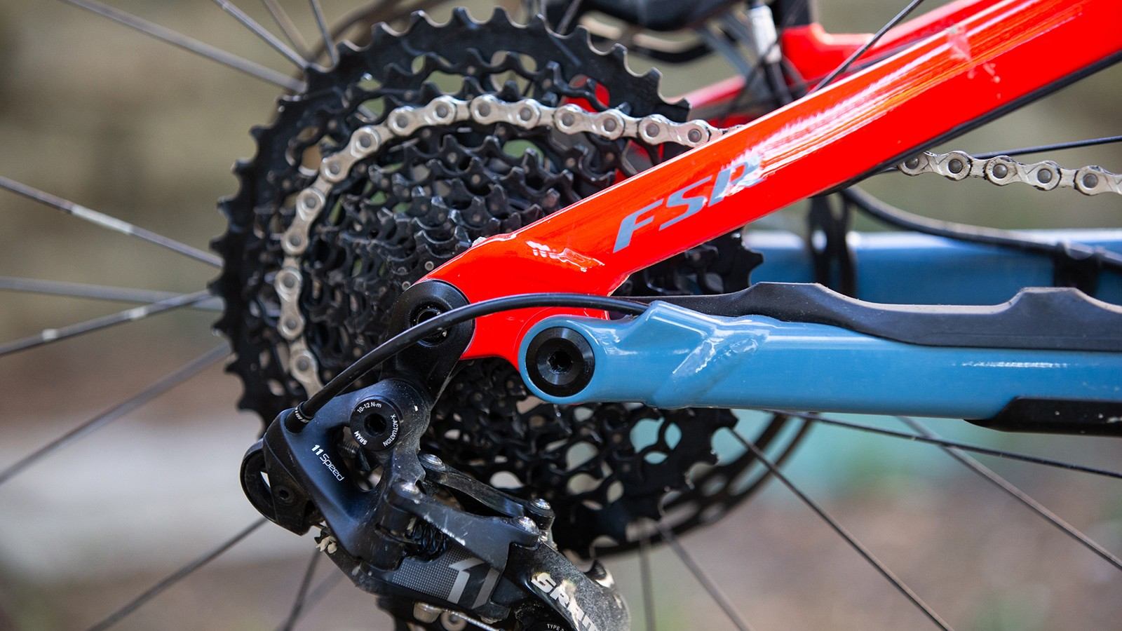 Specialized is still running SRAM 11-speed gearing for its weight benefit over SRAM Eagle. The 10-42t cassette provides enough range with the assistance provided by the new Specialized 2.1 motor