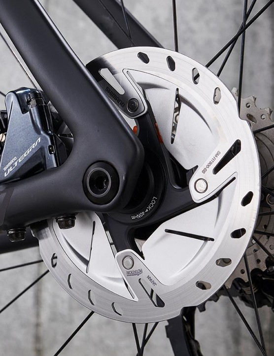 Shimano's Ultegra hydraulic discs take care of stopping duties