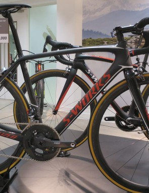 The Tarmac S-Works eTap looks impressively clean and free of clutter