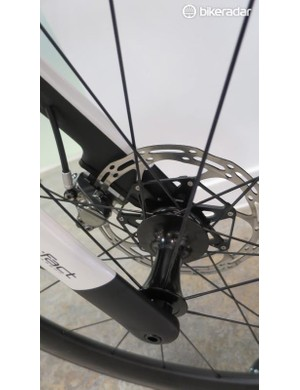 The all-new fork features flat mount and a thru-axle