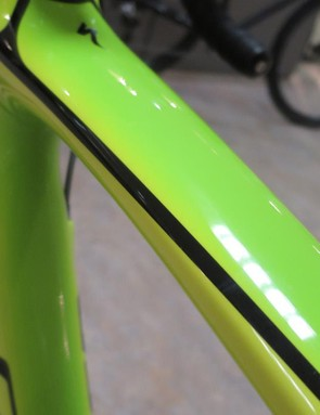We love the early 90's inspired lime green fluro-fade paint scheme on the Tarmac Expert Disc
