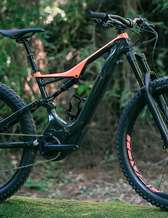 Specialized has managed to save a whopping 500g in the front triangle by switching its Turbo Levo FSR to carbon fibre. The top end S-Works model gets a carbon rear end too, which means a total weight saving of 650g