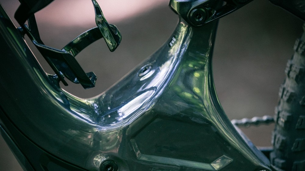 Carbon curves and more than enough room for a bottle cage. The Specialized Turbo Levo FSR is hard to beat looks-wise compared to the rest of the e-MTB market