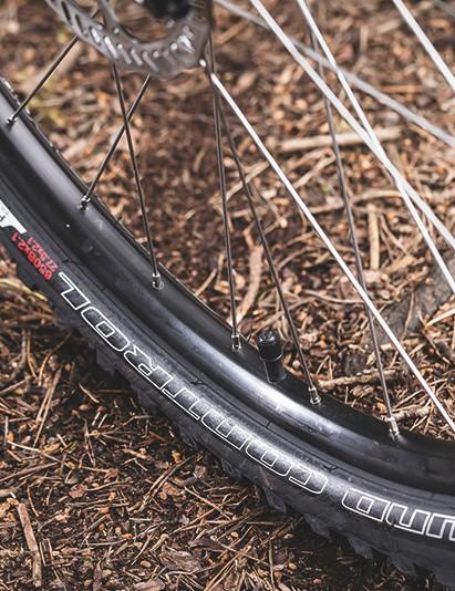 29in wheels generally result in a heavier bike