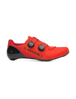 S-Works 7 comes in matte red