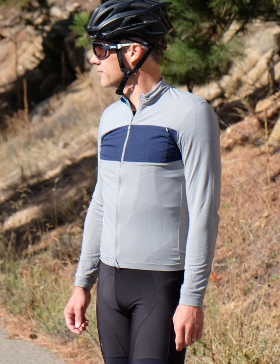 Specialized also has a longsleeve version