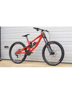 The Myst AL is Saracen's cheapest downhill bike. This build with X-Fusion suspension and Shimano Zee 1x10 gearing is priced at £2,599.99