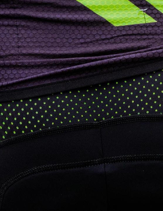 The double layer rear panel on the R&D Cima bibshorts is designed to wick sweat and improve ventilation