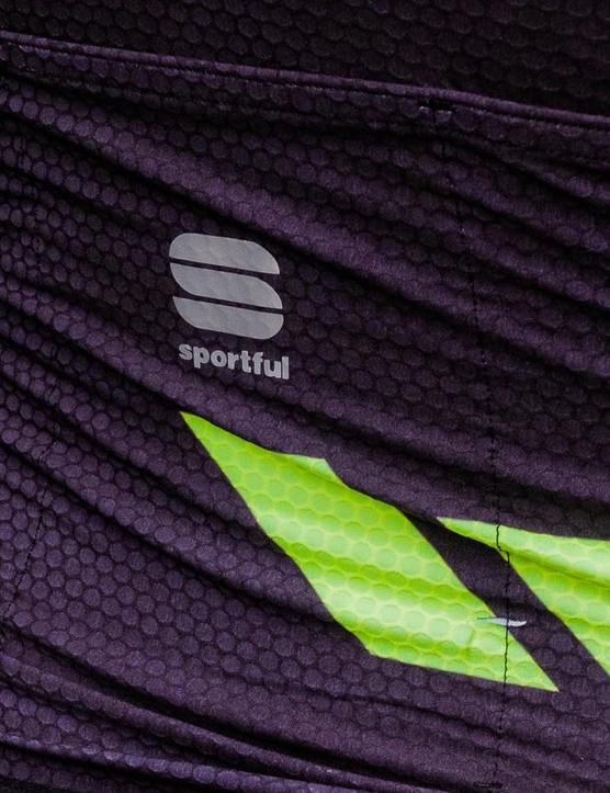Small reflective details also feature on the R&D Cima range