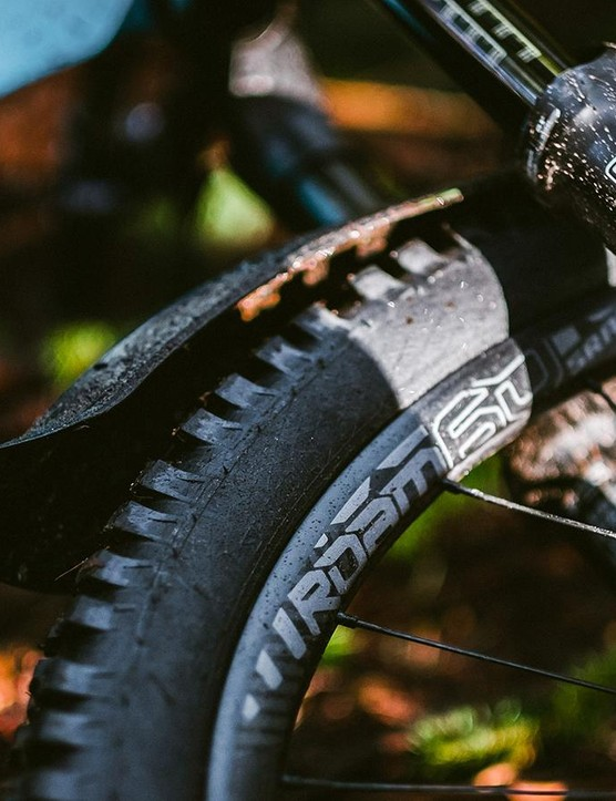 SRAM is rolling out a redesigned Roam 60 wheelset and a versatile line of hubs
