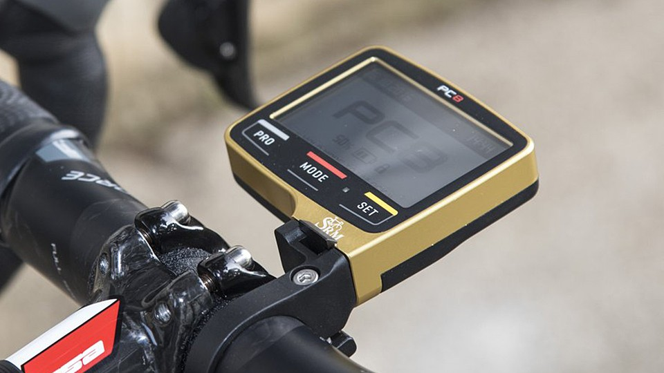 Team Bahrain-Merida ordered a gold-anodised version of SRM's PC8 head unit for the 2017 season