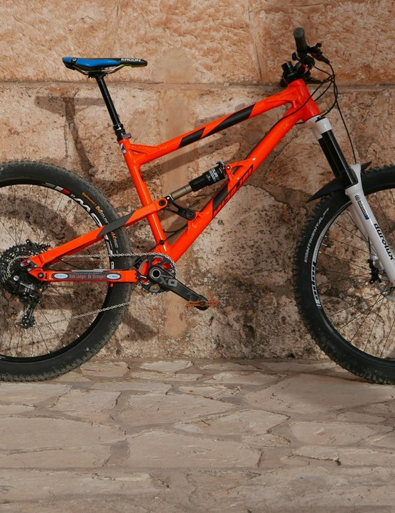Our test bike on the very rocky trails of La Fenasosa was this rather bright Nicolai Ion 16