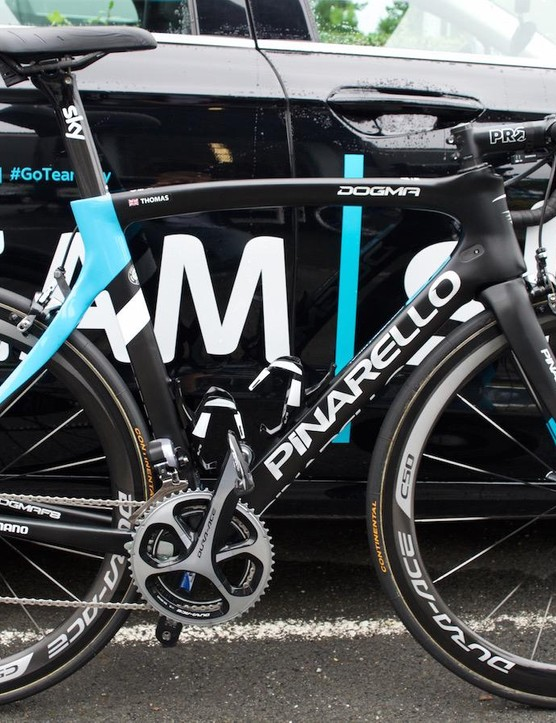 Welshman Geraint Thomas specs his Pinarello Dogma with a 53-39 Dura-Ace chainset and deep, ergonomically curved Pro handlebars