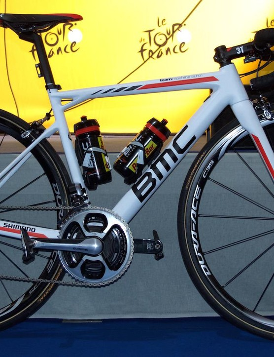 All of BMC's bikes have been given a new white paintjob for this year's Tour, including the 48cm Teammachine SLR01 of the squad's Tasmanian co-leader Richie Porte