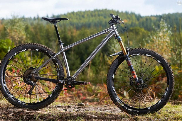 The Switchback Ti's lustrous good looks are backed up by a poppy and engaging ride