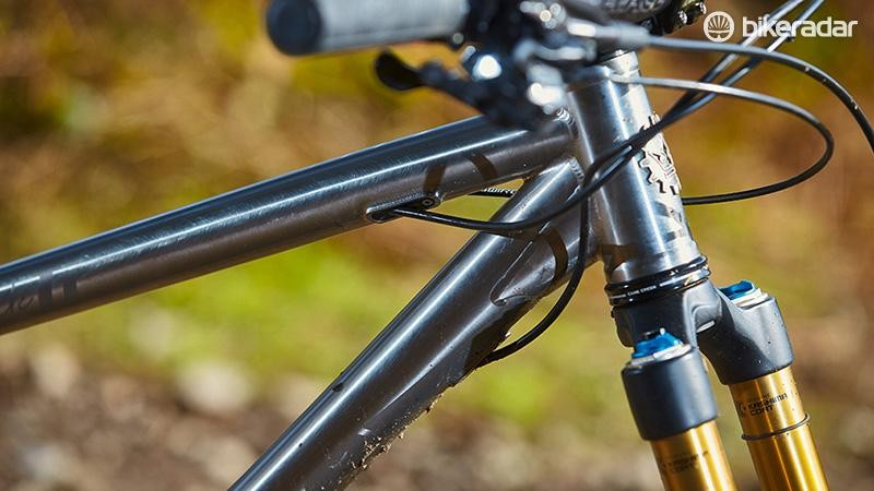 New on the MK II is internal routing for the rear brake and mech, plus a dropper post