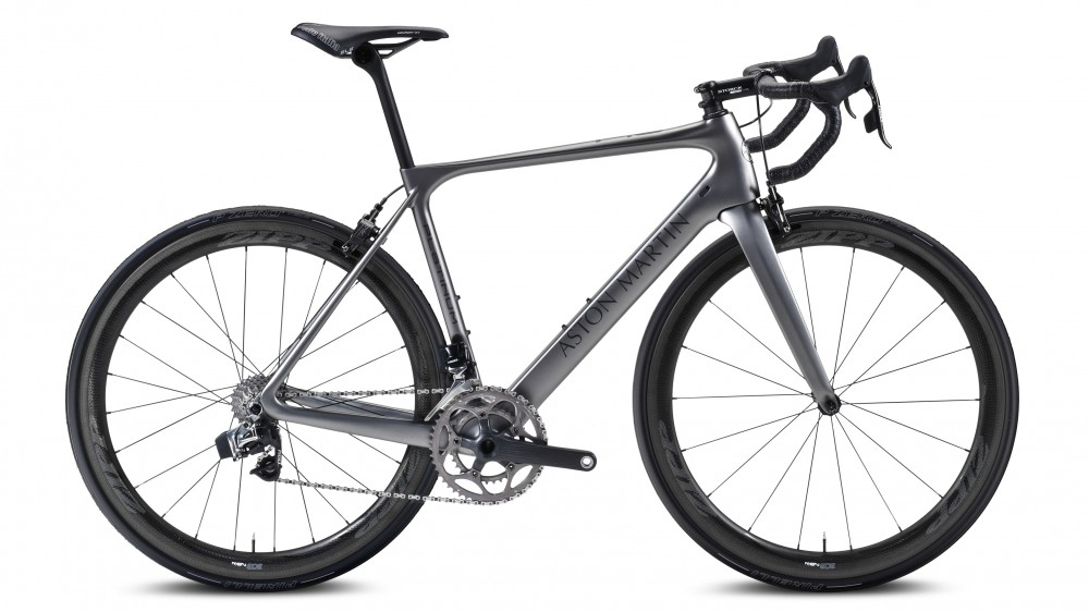 Superbike meets supercar, Storck Bicycle collaborated with Aston Martin on the Fascenario.3 Aston Martin Edition