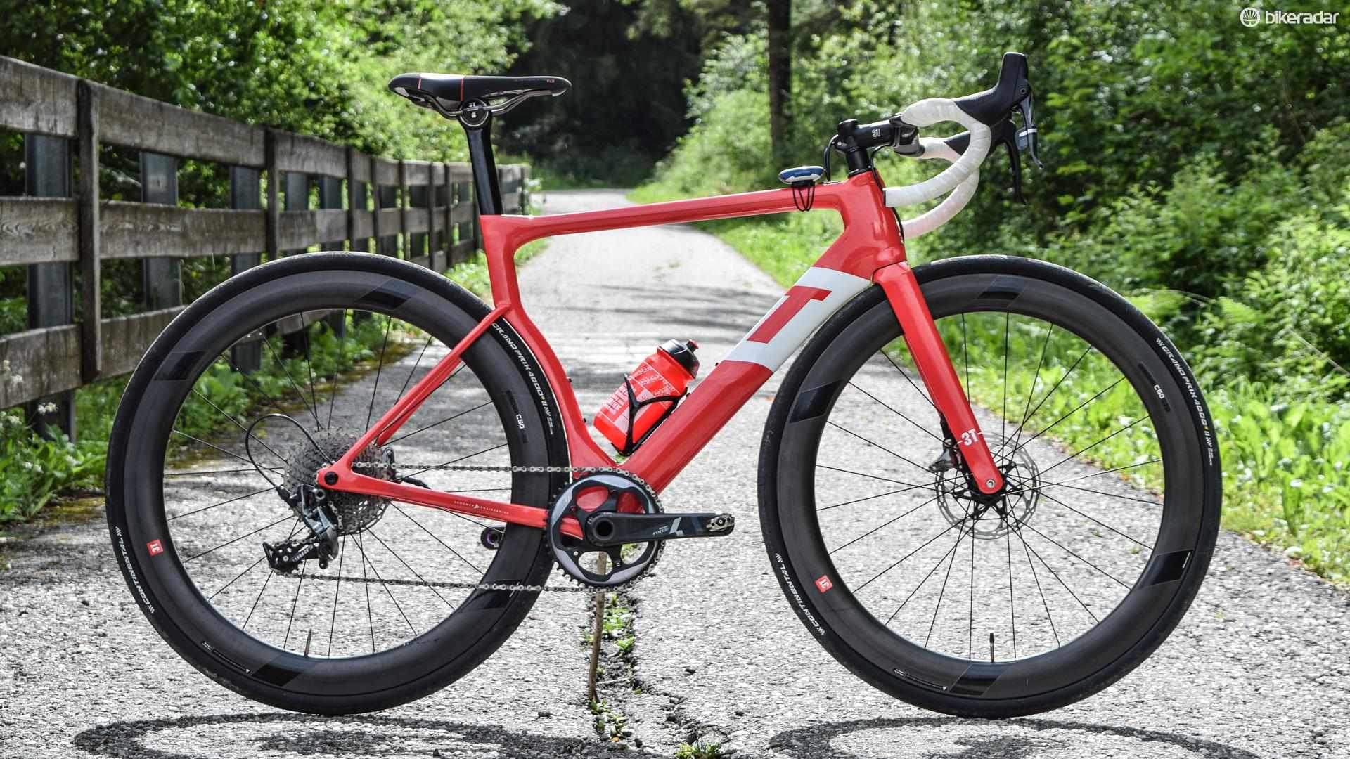 One chain ring, hydraulic-disc brakes and a contract with a UCI Pro Continental Team for 2018