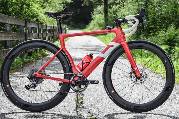 The 3T Strada is a fat-tyred aero road bike with 1x gearing and discs