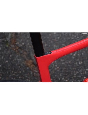 The seatpost is secured with a tidy wedge that sits flush with the top tube